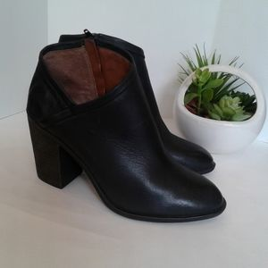Lucky brand black block  high heels leather boots